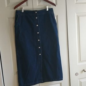 Levi's red tab jean skirt Vintage size 10